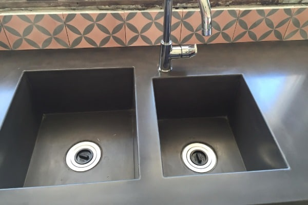 concrete benchtop sink chipping and cracking